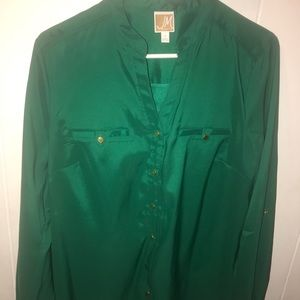 Tops - Women's Green Button up blouse size 12